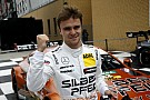 DTM Auer logra la pole en Lausitz por solamente siete milésimas