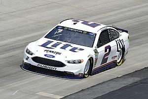 NASCAR Sprint Cup Noticias Penske manda en la primera práctica del sábado en Dover