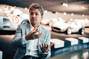 """Formula 1 Interview How Rosberg """"messed with Lewis's head"""" in 2016 title duel"""