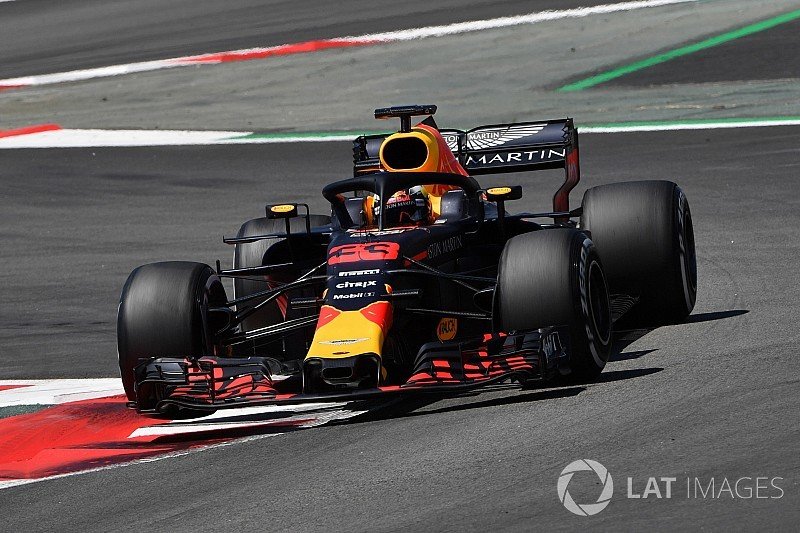 Verstappen termina de líder en el test de Barcelona