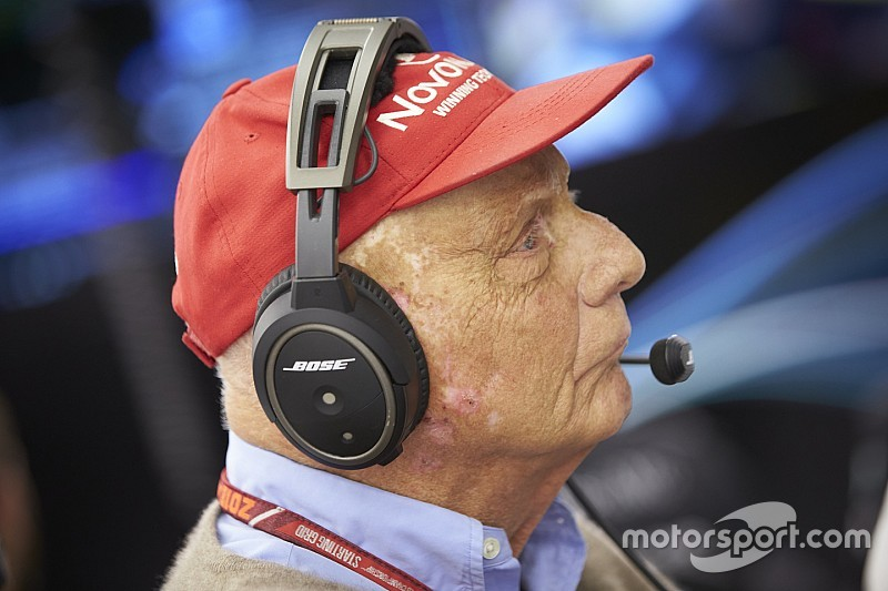 Lauda recovering after lung transplant surgery in Austria