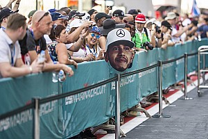 F1 Noticias de última hora Los memes se burlan del comentario sexista de Lewis Hamilton