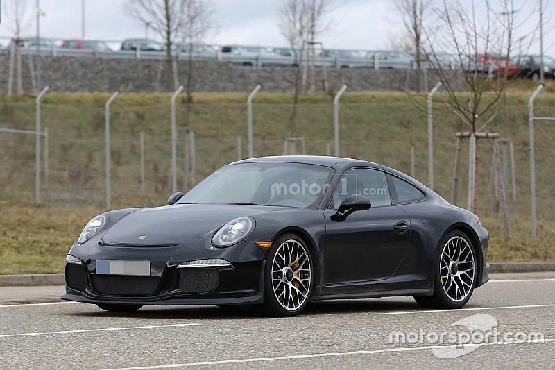 Porsche 911 R zonder vermomming gespot op de openbare weg