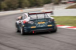 EGT Ultime notizie Video, oltre 520 km sulle... Pirelli per le Tesla da corsa!