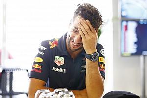 Stop/Go Livefeed Óriási: Ricciardo Bakuban énekel