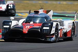 Le Mans Reporte de la carrera Los Toyota se intercambian el liderato en Le Mans