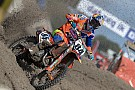 Video: Herlings crasht in kwalificatierace Valkenswaard