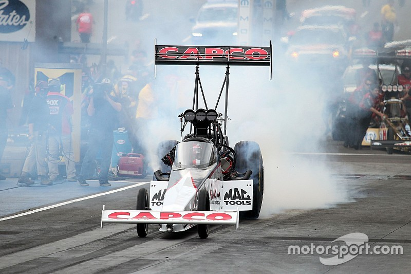 Steve Torrence wins Top Fuel Traxxas Nitro Shootout