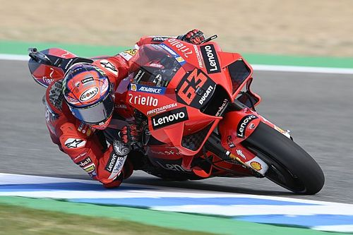 Spanish MotoGP: Bagnaia tops FP2 from Quartararo