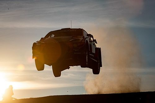 Hyundai сделали дубль на Ралли Италия