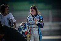 Williams F1 sigue apostando por la piloto Chadwick, ¿le dará la oportunidad?
