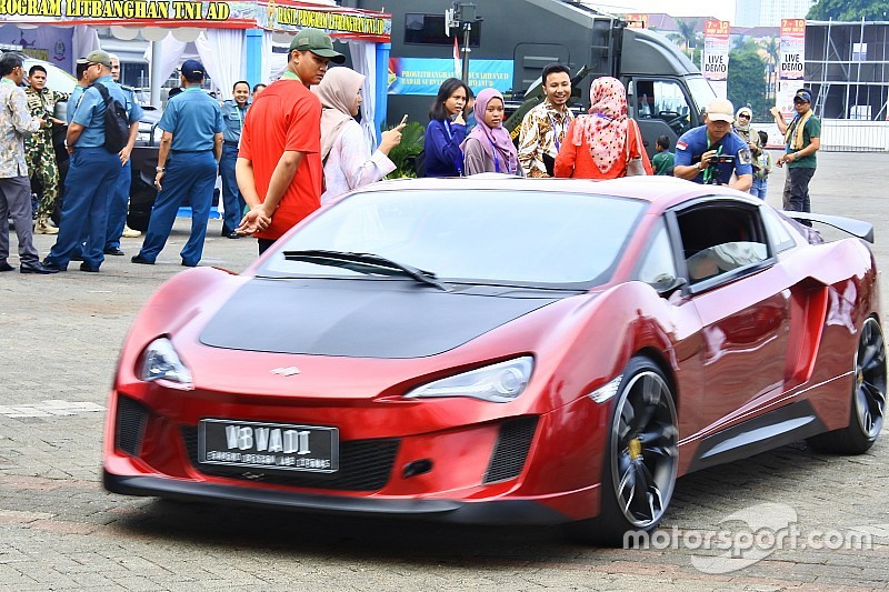V8 Vadi, mobil percontohan kendaraan militer listrik