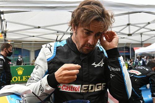 Alonso se para nada más salir a la FP1 del GP de EE UU