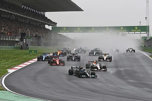 Nederlandse F1-fan hoopt op minder straffen en nieuwe bandenoorlog