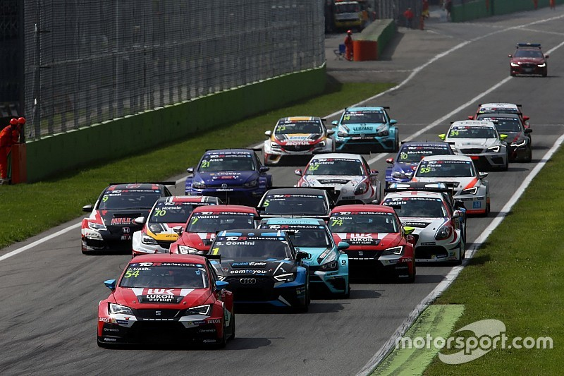 "WTCC's TCR merger should've happened ""two years earlier"""