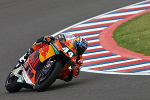 Moto2 Reporte de calificación Oliveira consigue su primera pole en Moto2