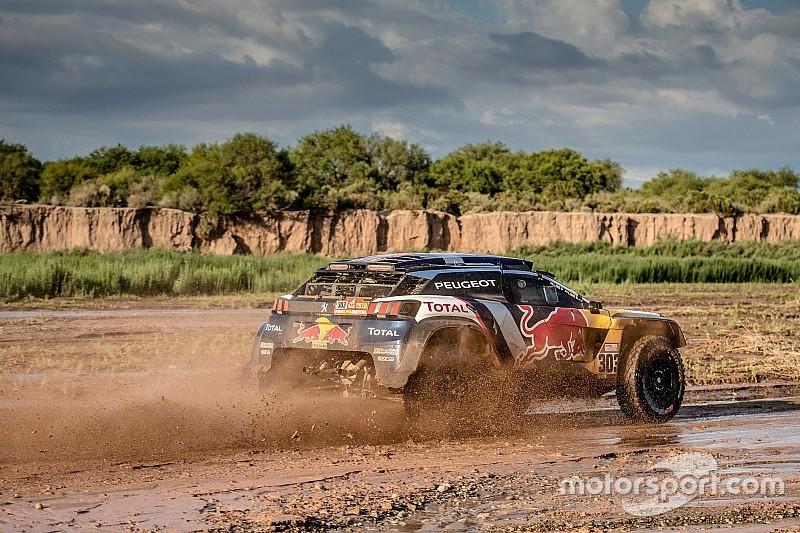 Dakar 2018, Stage 13: Sainz on verge of win, Peterhansel crashes