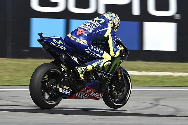 MotoGP Rossi versenyét elmosta az eső, a Yamaha nagyon veszélyes volt