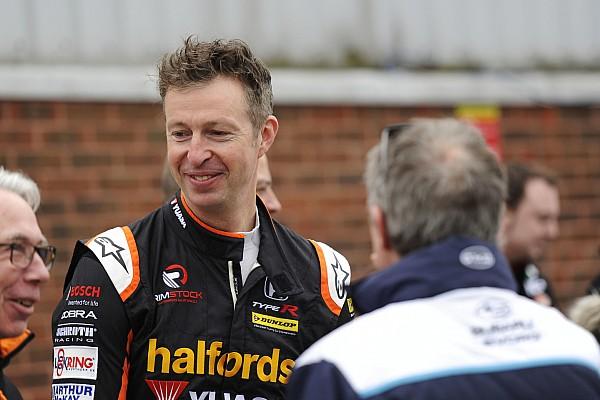 BTCC Race report Thruxton BTCC: Neal beats Turkington to Race 1 win