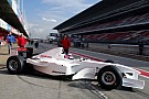 Fórmula 1 VÍDEO: Pinturas incomuns nos testes da Fórmula 1