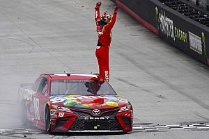 NASCAR Cup Gara Kyle Busch beffa Larson nel finale nella gara posticipata di Bristol