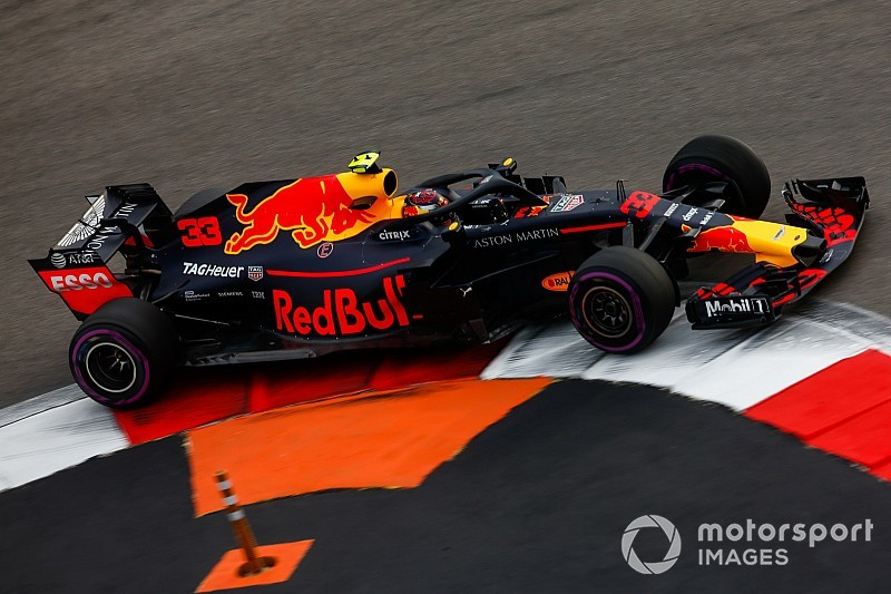 Verstappen: Red Bull 2019'da daha güçlü bir araç üretmek için çok çalışıyor