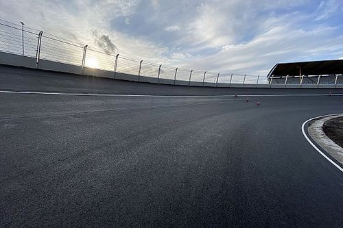Vídeo: primer accidente brutal en la pista de F1 en Zandvoort