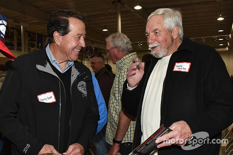Hickory Motor Speedway reunion showcases NASCAR's past