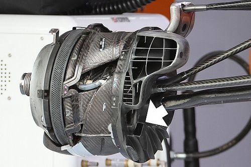 McLaren: c'è un periscopio nella brake duct anteriore