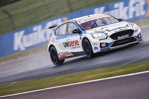 Blundell: BTCC leader Hill can push to new level