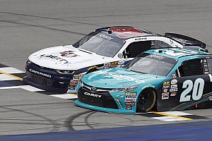 NASCAR XFINITY Race report Hamlin beats rookie Byron in thrilling photo finish at Michigan