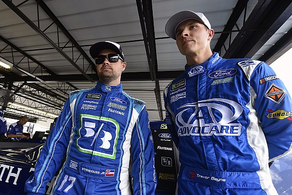 Stenhouse, Bayne differ in response to Kenseth's Roush return