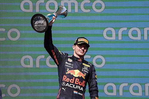 Hamilton s'inchina: Verstappen stratega nella gestione gomme