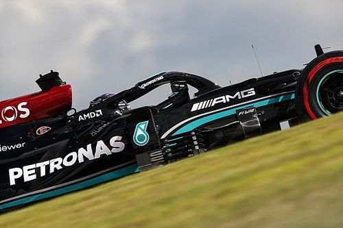 F1 | Perez davanti, ma la Mercedes mostra i muscoli