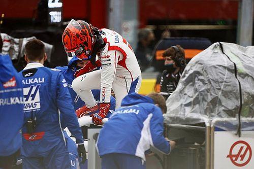 Мазепин попал в аварию на первом круге в Имоле