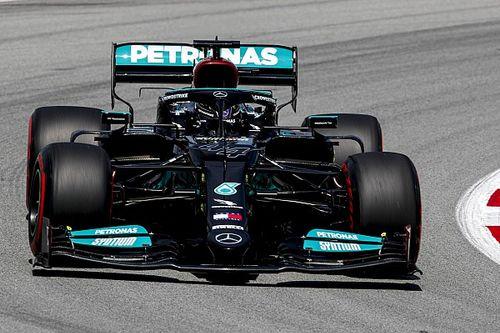 Hamilton a leggyorsabb a Spanyol Nagydíj második szabadedzésén, egy másodpercen belül a top-14!