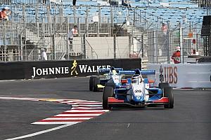 Formula Renault Breaking news Start yang agresif antar Presley finis P8 kategori Rookie