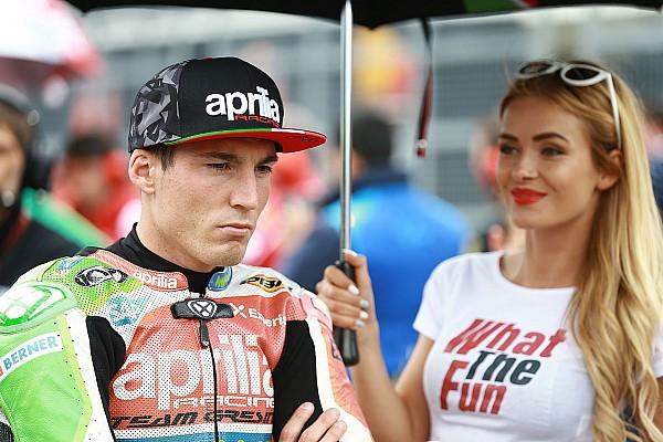MotoGP Video del incidente en el cambio de moto de Iannone y Aleix Espargaró