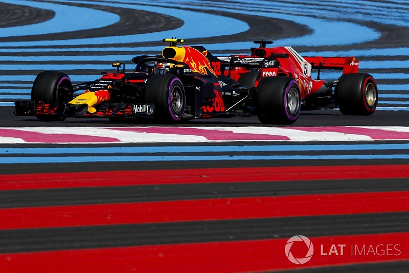 Verstappen sindir media setelah kecelakaan Vettel