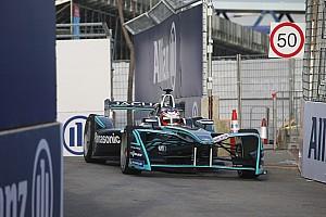 Машину Jaguar назвали найкращою у кваліфікації