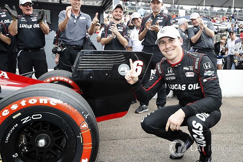 IndyCar у Сент-Піті: Вікенс виборов поул у дебютній гонці