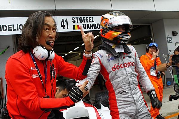 Vandoorne, Super Formula'daki ilk yarışını kazandı