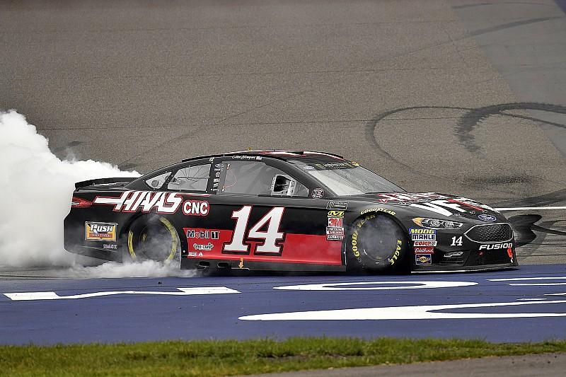 NASCAR Cup Series: Bowyer menang, SHR dominan