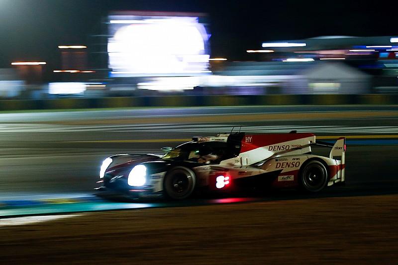 Le Mans: las zonas lentas castigan al coche de Alonso al caer la noche