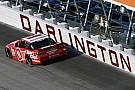 NASCAR Cup Hamlin recupera dopo un errore e torna alla vittoria a Darlington