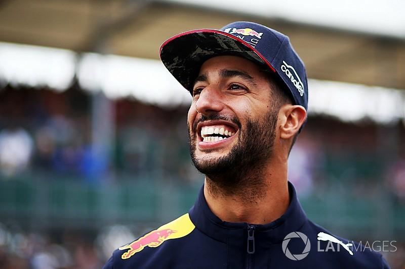 Риккардо признали гонщиком дня на Гран При Великобритании