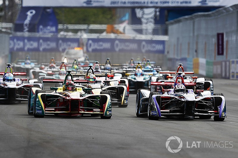 Formula E not a threat to F1, says Haas boss