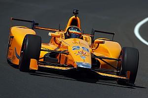 IndyCar Важливі новини Алонсо завадили проблеми з підвіскою у першому тренуванні Інді-500