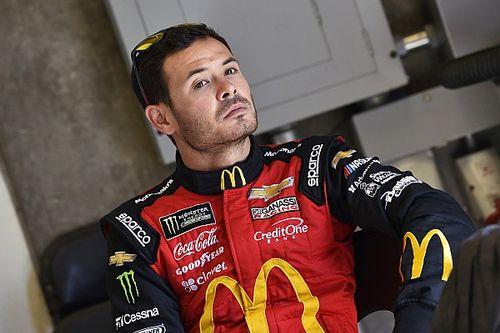В виртуальном NASCAR разразился расовый скандал