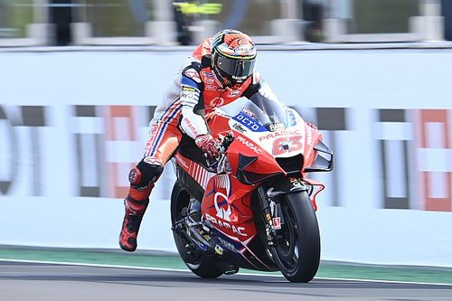 """Rossi onder de indruk: """"Bagnaia rijdt perfect met de Ducati"""""""